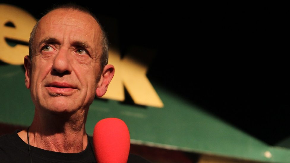 ARTHUR SMITH SINGS LEONARD COHEN (VOLUME TOO) AT EDINBURGH FRINGE